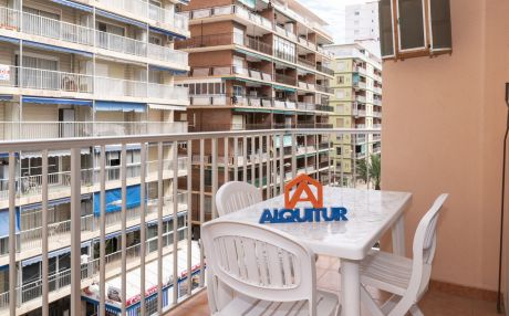 Apartment for 5 people in Cullera