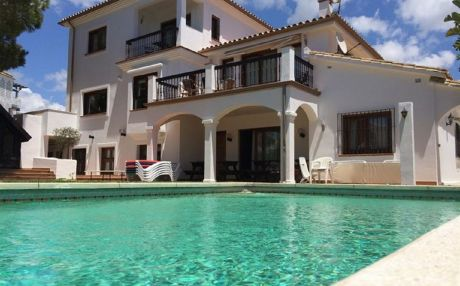 Villa for 16 people in Marbella