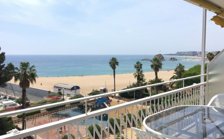 Apartment by the sea for 6 people in Blanes