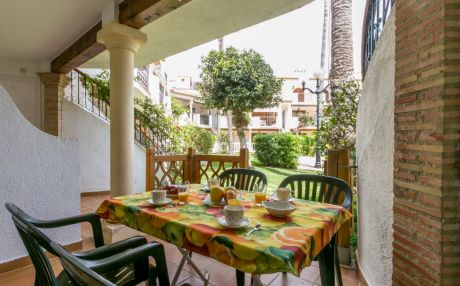 Bungalow for 7 people in Denia