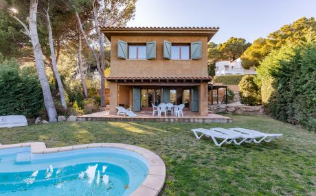 Villa for 7 people in Begur