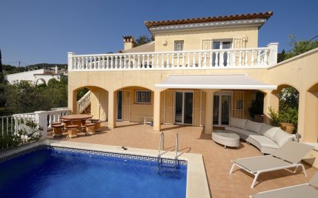 Villa for 8 people in Rosas / Roses