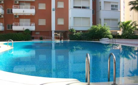 Apartment for 4 people in Grade Gandia