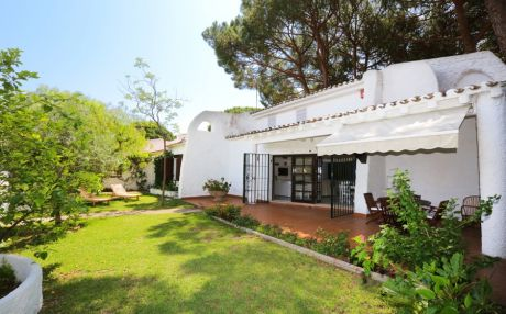 Villa beach view for 13 people in Cambrils