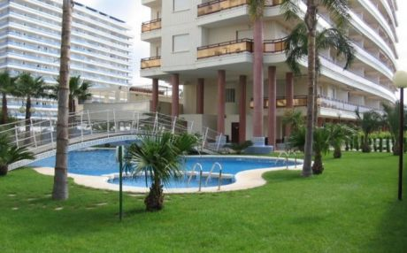 Apartment for 5 people in Grade Gandia