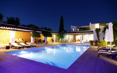 Villa for 11 people in Ibiza town