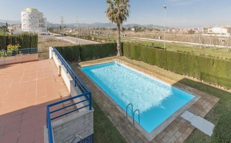 Apartment for 6 people in Oliva