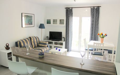 Apartment for 6 people in Blanes
