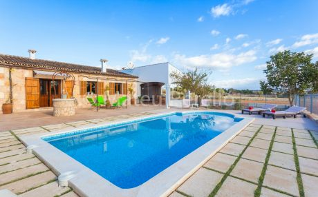 Cottage for 5 people in Maria de la Salut
