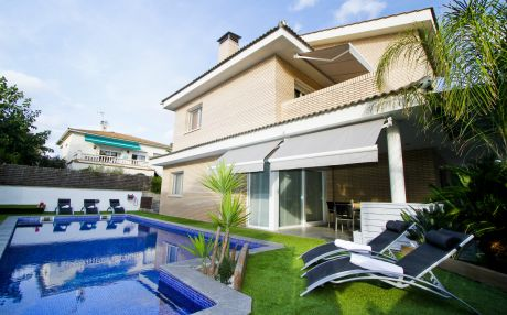 Villa for 12 people in Tarragona