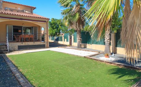 House for 8 people in Cambrils