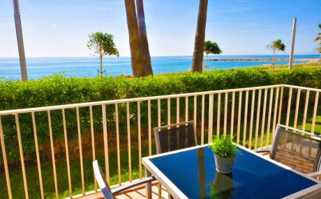 Beachfront apartment for 4 people in Cambrils