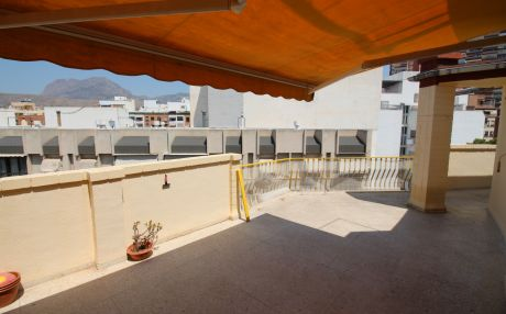 Apartment for 8 people in Benidorm