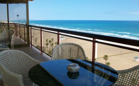 Apartment for 8 people in Grade Gandia