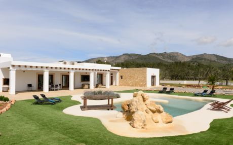 Villa for 8 people in Sant Joan / San Juan