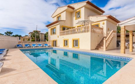 Villa for 16 people in Calpe