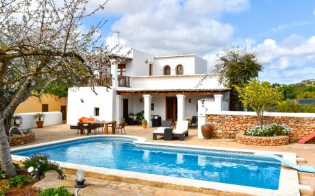Cottage for 8 persons in San Carlos / Sant Carles de Peralta