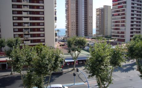 Apartment for 6 people in Benidorm