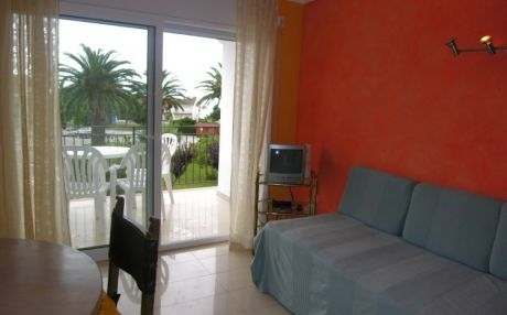 Cozy apartment for 4 people in Palamós