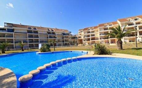 Apartment for 5 people in Denia