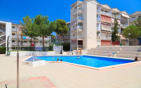 Apartment for 5 people in Salou