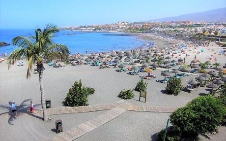 Apartment by the sea for 4 people in Playa de Las Americas