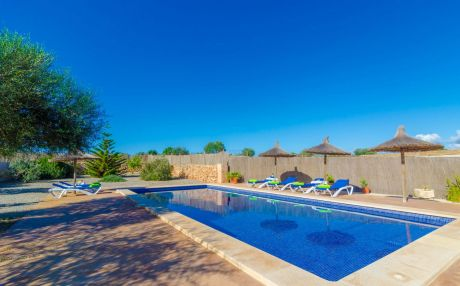 Villa for 6 people in Ses Salines