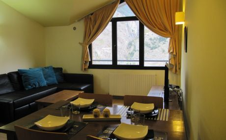 Apartment for 6 people in El Forn