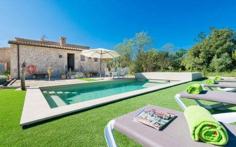 Villa for 4 people in Sa Pobla