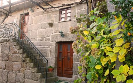 Cottage for 2 people in Campo do Gerês