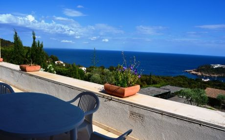 Apartment for 6 people in Begur