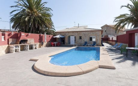 Villa for 6 people in Gandia