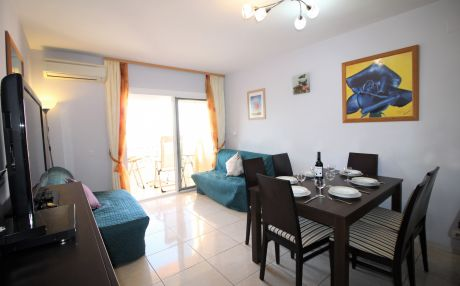 Apartment for 6 people in Empuriabrava