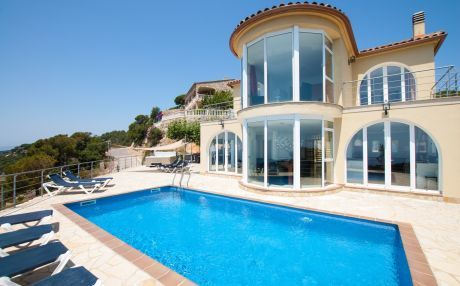 Villa for 12 people in Lloret de Mar