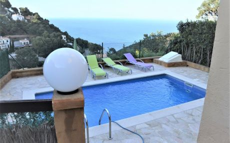 House for 6 people in Begur