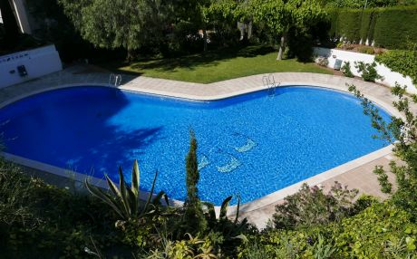 Apartment overlooking the pool for 5 persons in Spear