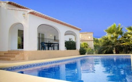Villa for 8 people in Moraira