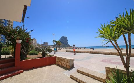Apartment by the sea for 3 people in Calpe
