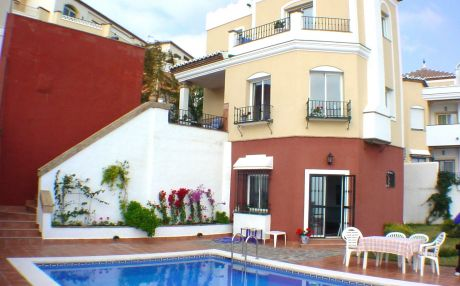 Apartment for 8 people in Nerja