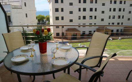 Beachfront apartment for 4 people in Rosas / Roses