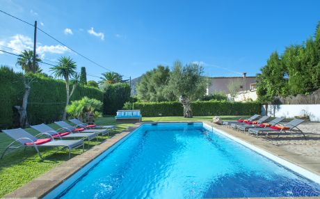 Villa for 11 people in Pollensa