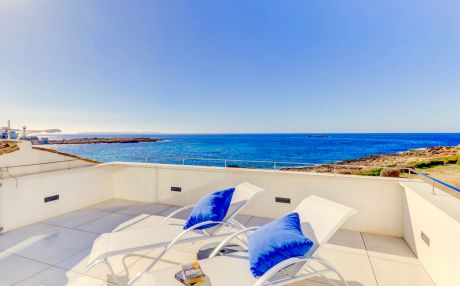 Apartment for 4 people in Colonia de Sant Jordi