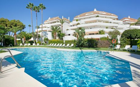 Apartment for 10 people in Marbella