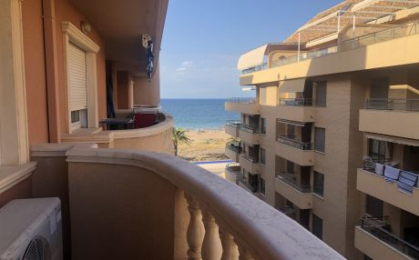 Comfortable apartment for 5 people in Denia