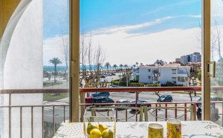 Apartment for 2 people in Empuriabrava