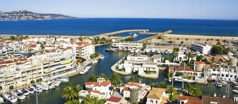 Vacation rental apartments Empuriabrava